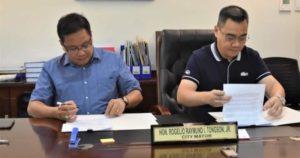 MOA signing with Mayor Rogelio Raymund Tongson Jr. on Urban Gardening in Himamaylan City last October.